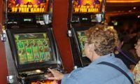 Чем привлекают людей автоматы для игры онлайн?