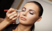 Белые тени в макияже - как использовать?