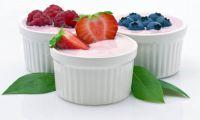 Йогурт вкуснее, если есть его серебряной ложкой
