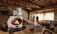 Деревянные окна и лестницы — новая мода в интерьере
