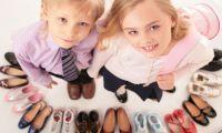 Какую обувь купить девочке подростку?