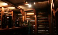Для чего нужен винный шкаф?