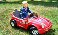 Что собой представляют детские электромобили?