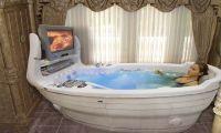 Гидромассажная ванна дома: чем помогает?