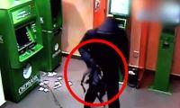 10 наглых ограблений банкоматов, снятых на камеру (видео)