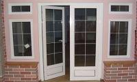 Чем хороши двери из ПВХ?