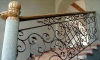Кованые перила - лучшее украшение лестницы