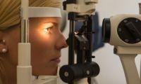 Щелевая лампа в салоне оптики