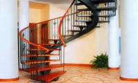 Лестница в доме, как часть интерьера