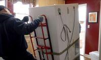 Безопасная утилизация старого холодильника