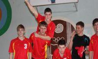 Фото: Турнир по волейболу среди школ города на кубок сайта е-Рубцовск.рф. Весна 2013