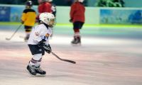Одежда для хоккея: особенности выбора
