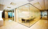 Стеклянные перегородки – изюминка Вашего дома и офиса