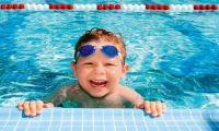 Факт: плавание делает людей счастливее
